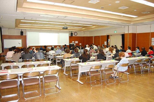 「骨粗しょう症の話」をコミュティーセンターで開催